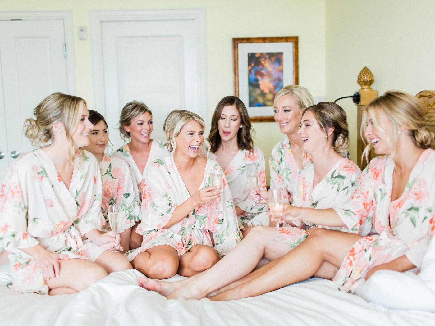 Toronto-Muskoka-wedding-photographer-summery-fun-documentary-the-marriott-rosseau11.jpg