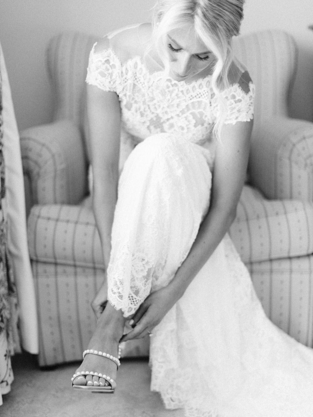 Toronto-Muskoka-wedding-photographer-summery-fun-documentary-the-marriott-rosseau23.jpg