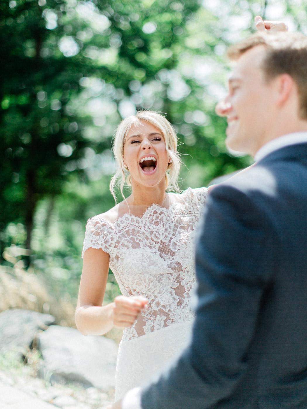 Toronto-Muskoka-wedding-photographer-summery-fun-documentary-the-marriott-rosseau36.jpg