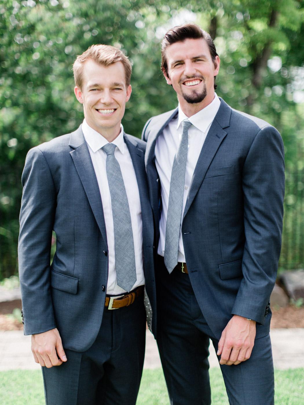 Toronto-Muskoka-wedding-photographer-summery-fun-documentary-the-marriott-rosseau51.jpg