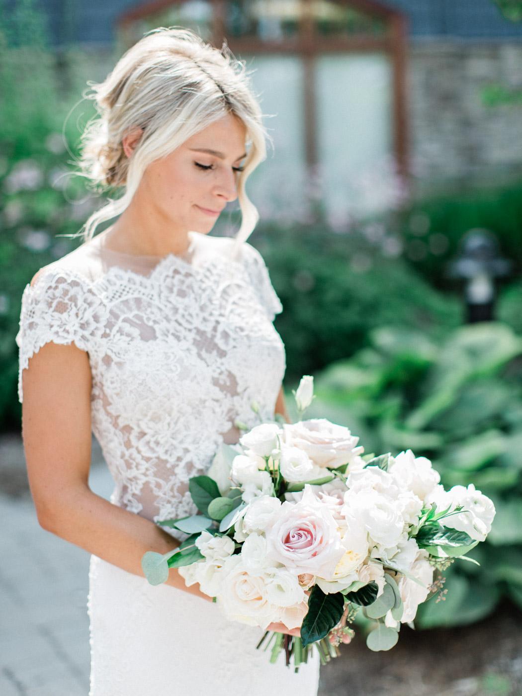 Toronto-Muskoka-wedding-photographer-summery-fun-documentary-the-marriott-rosseau54.jpg