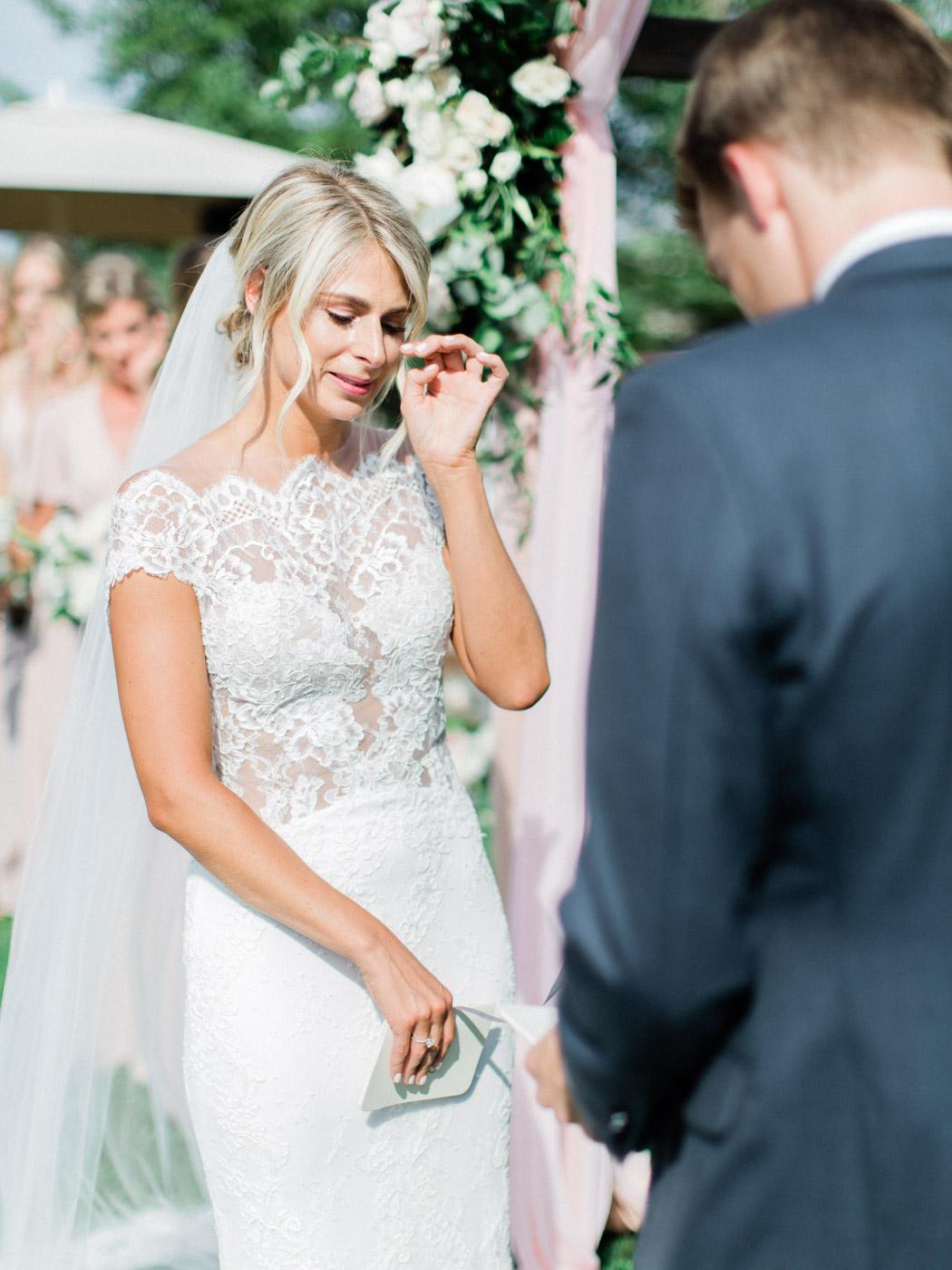Toronto-Muskoka-wedding-photographer-summery-fun-documentary-the-marriott-rosseau86.jpg