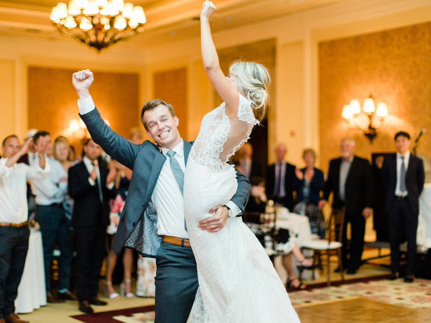 Toronto-Muskoka-wedding-photographer-summery-fun-documentary-the-marriott-rosseau138.jpg