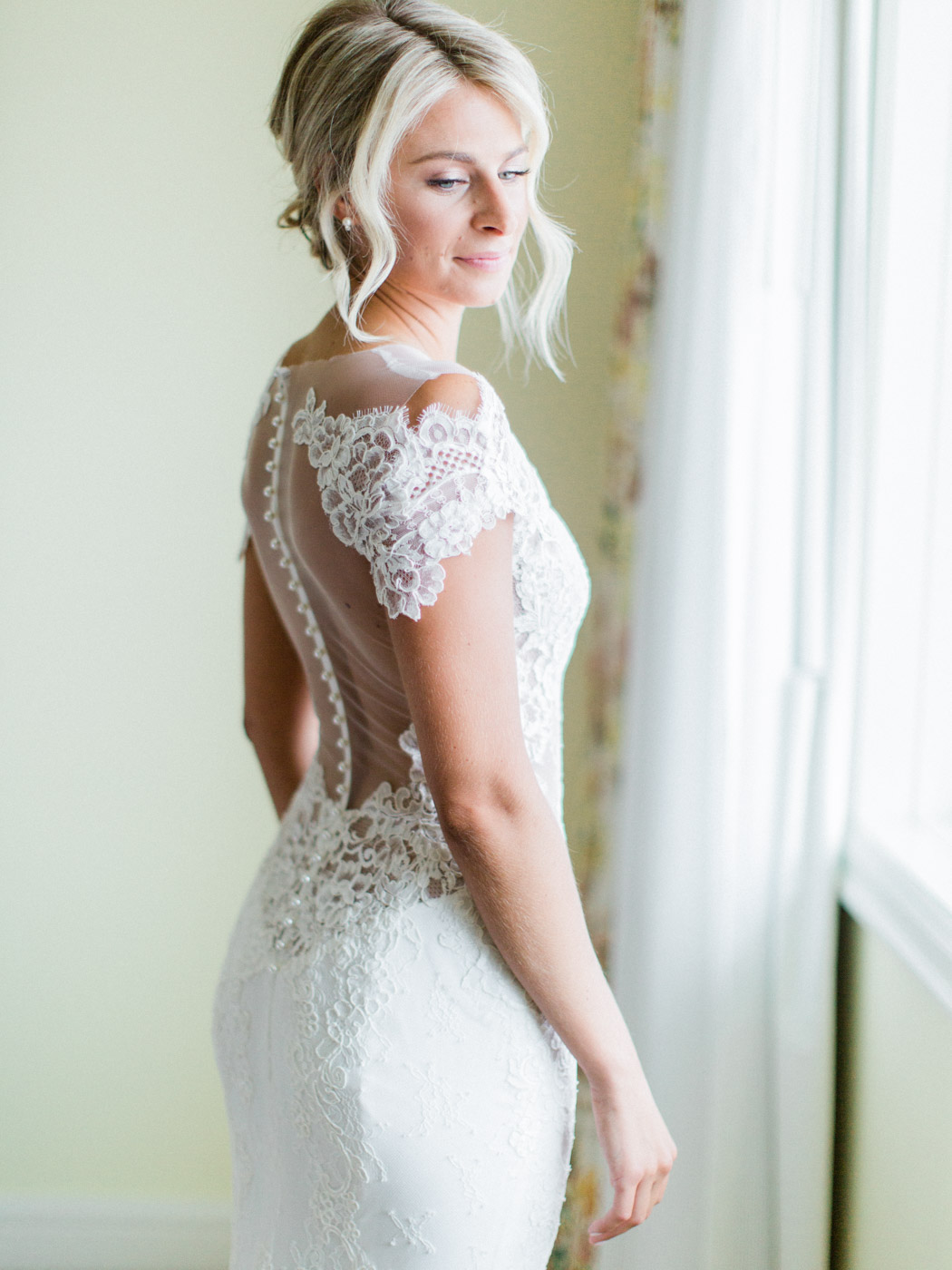 Toronto-Muskoka-wedding-photographer-summery-fun-documentary-the-marriott-rosseau18.jpg
