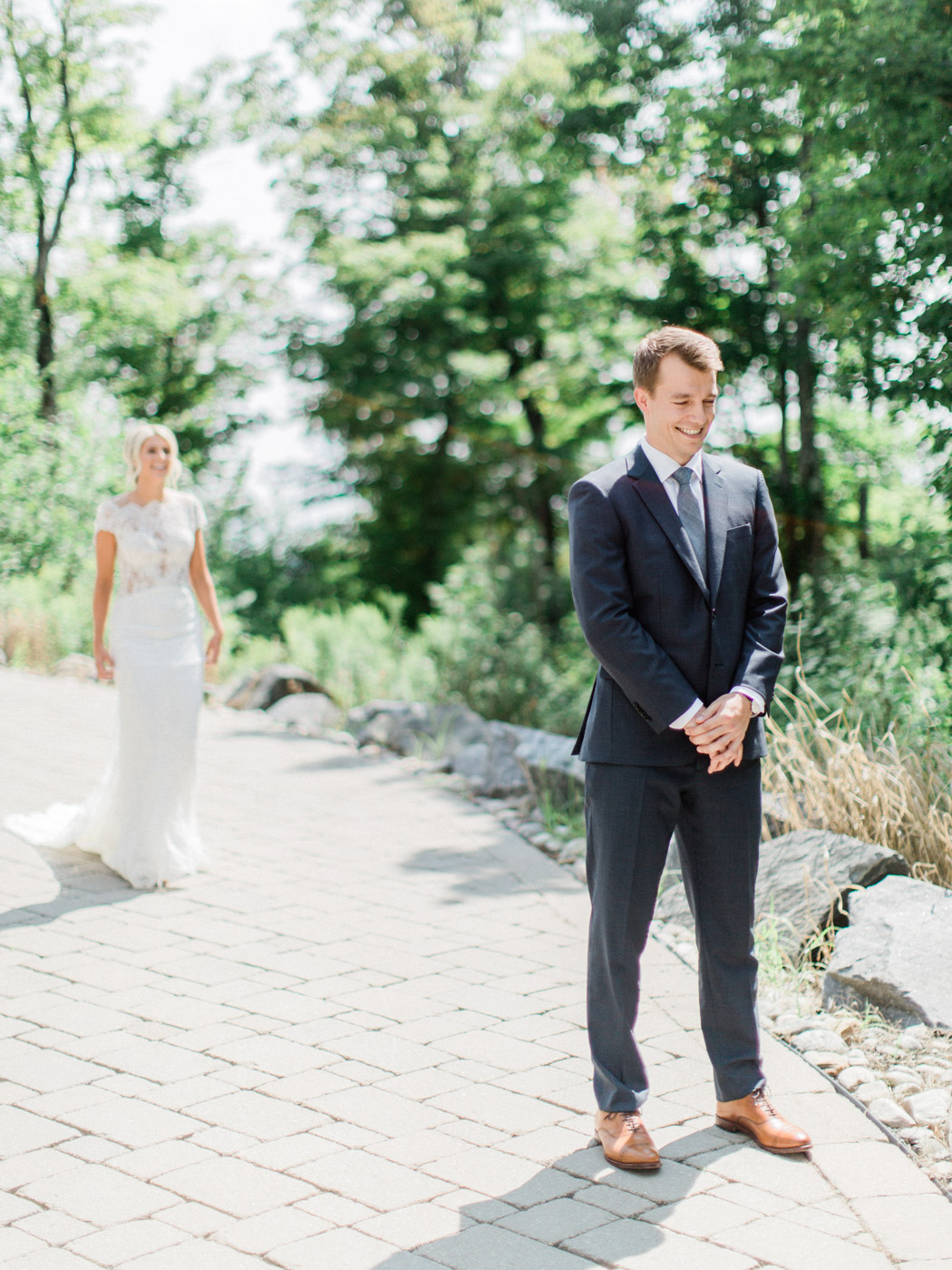 Toronto-Muskoka-wedding-photographer-summery-fun-documentary-the-marriott-rosseau30.jpg