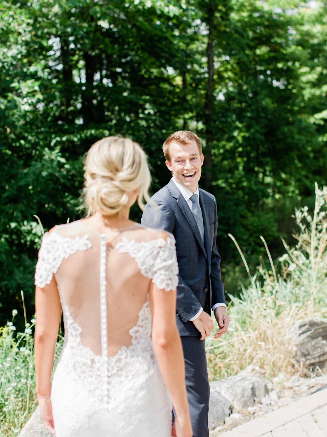 Toronto-Muskoka-wedding-photographer-summery-fun-documentary-the-marriott-rosseau32.jpg