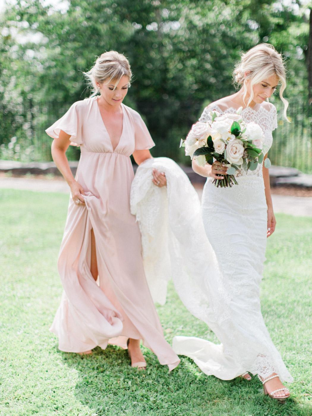 Toronto-Muskoka-wedding-photographer-summery-fun-documentary-the-marriott-rosseau49.jpg