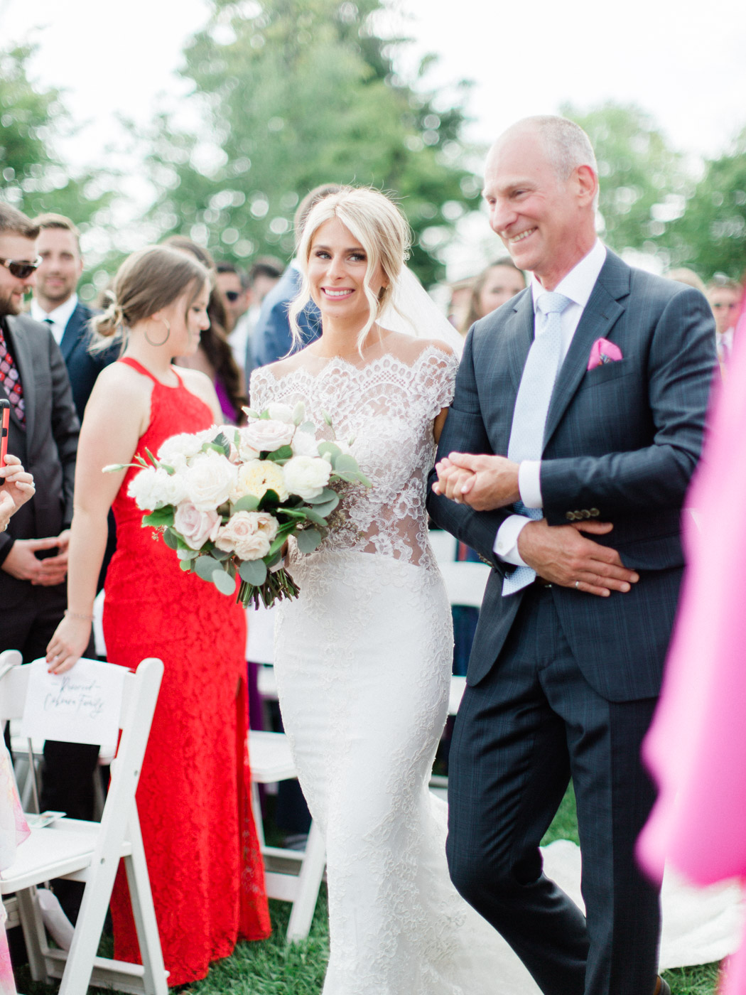 Toronto-Muskoka-wedding-photographer-summery-fun-documentary-the-marriott-rosseau78.jpg
