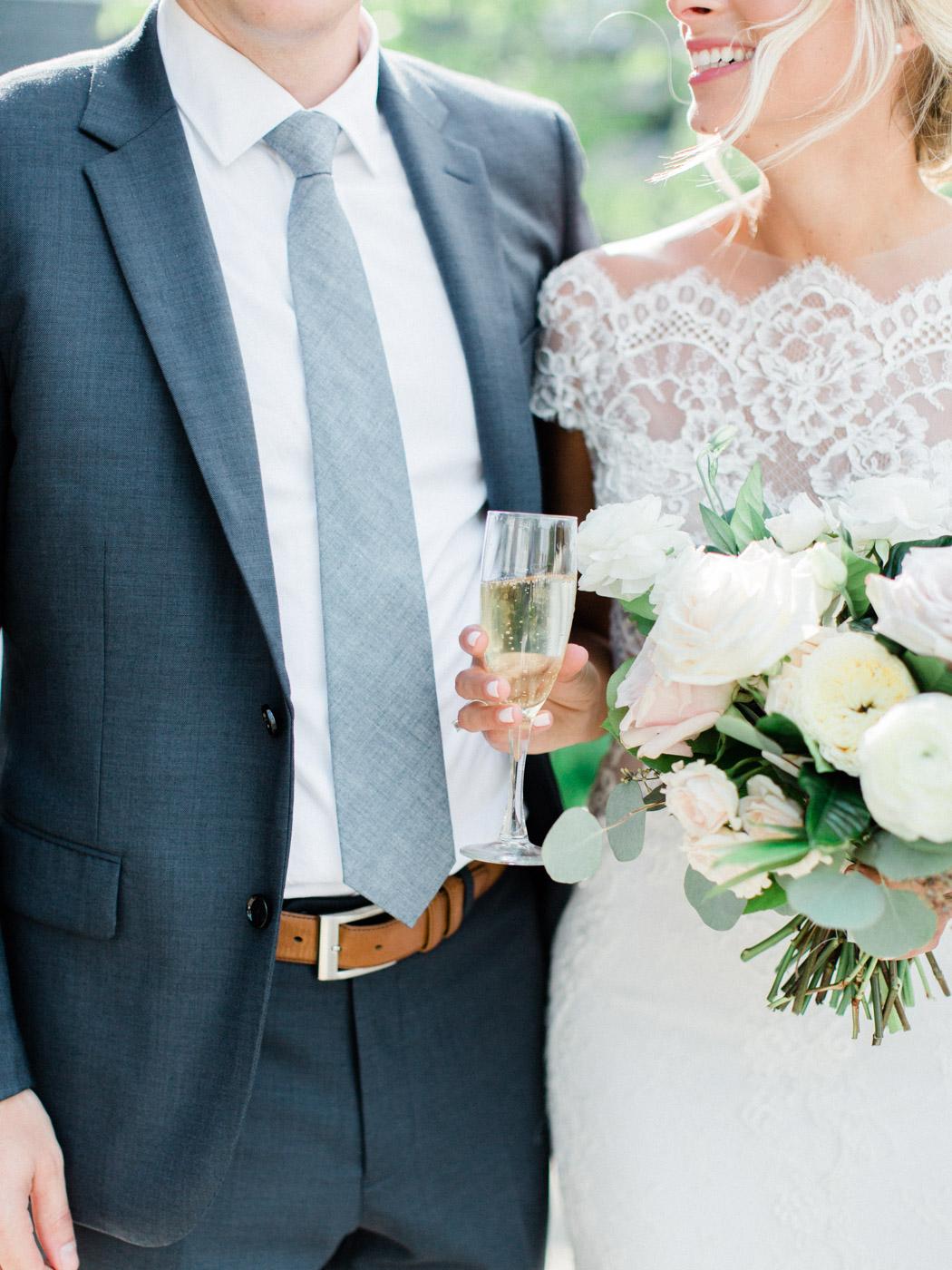 Toronto-Muskoka-wedding-photographer-summery-fun-documentary-the-marriott-rosseau94.jpg