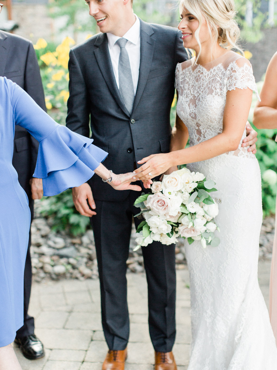 Toronto-Muskoka-wedding-photographer-summery-fun-documentary-the-marriott-rosseau97.jpg