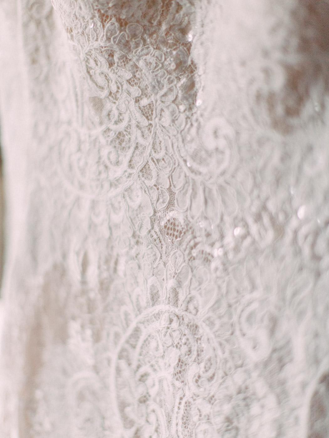 Toronto-wedding-photographer-intimate-classic-fine-art-elopement-ottawa8.jpg