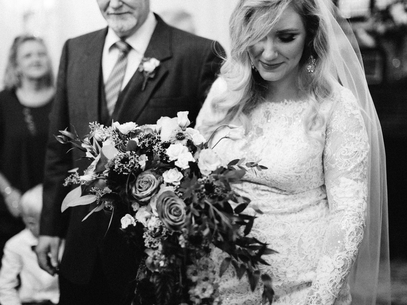 Toronto-wedding-photographer-intimate-classic-fine-art-elopement-ottawa26.jpg