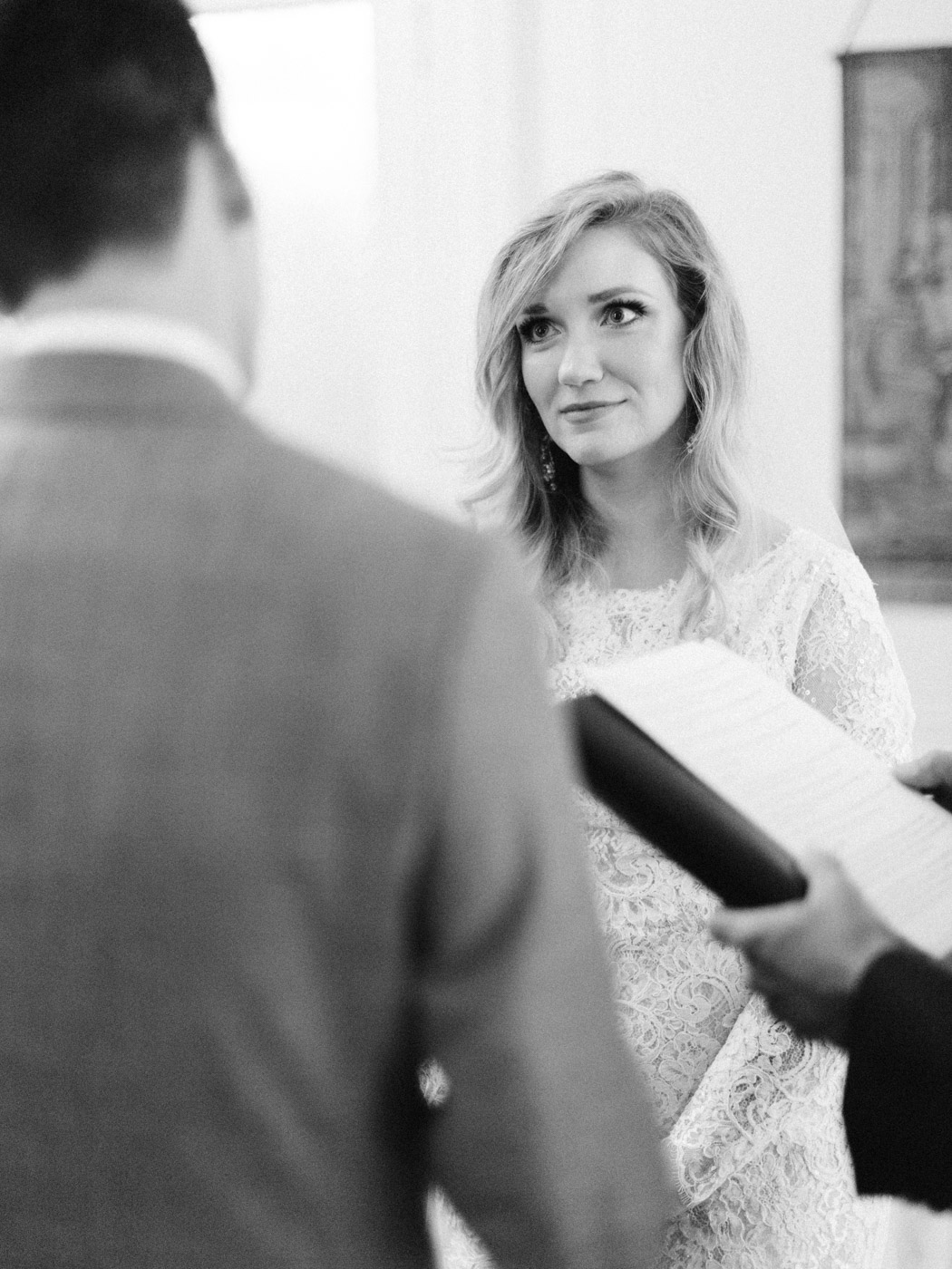 Toronto-wedding-photographer-intimate-classic-fine-art-elopement-ottawa29.jpg