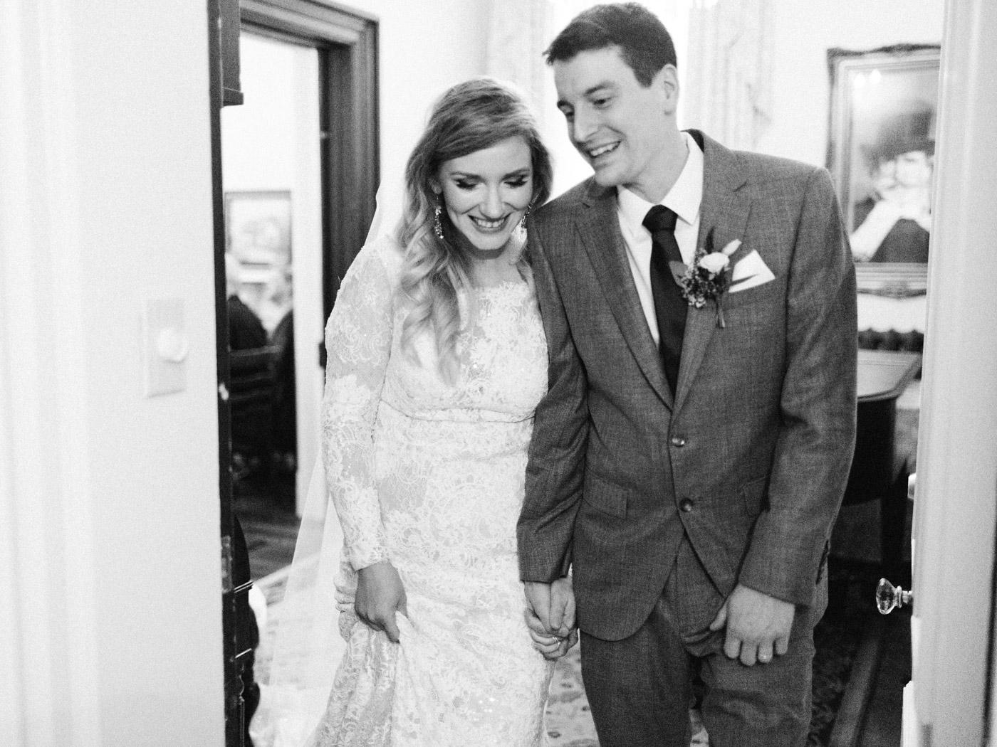 Toronto-wedding-photographer-intimate-classic-fine-art-elopement-ottawa35.jpg