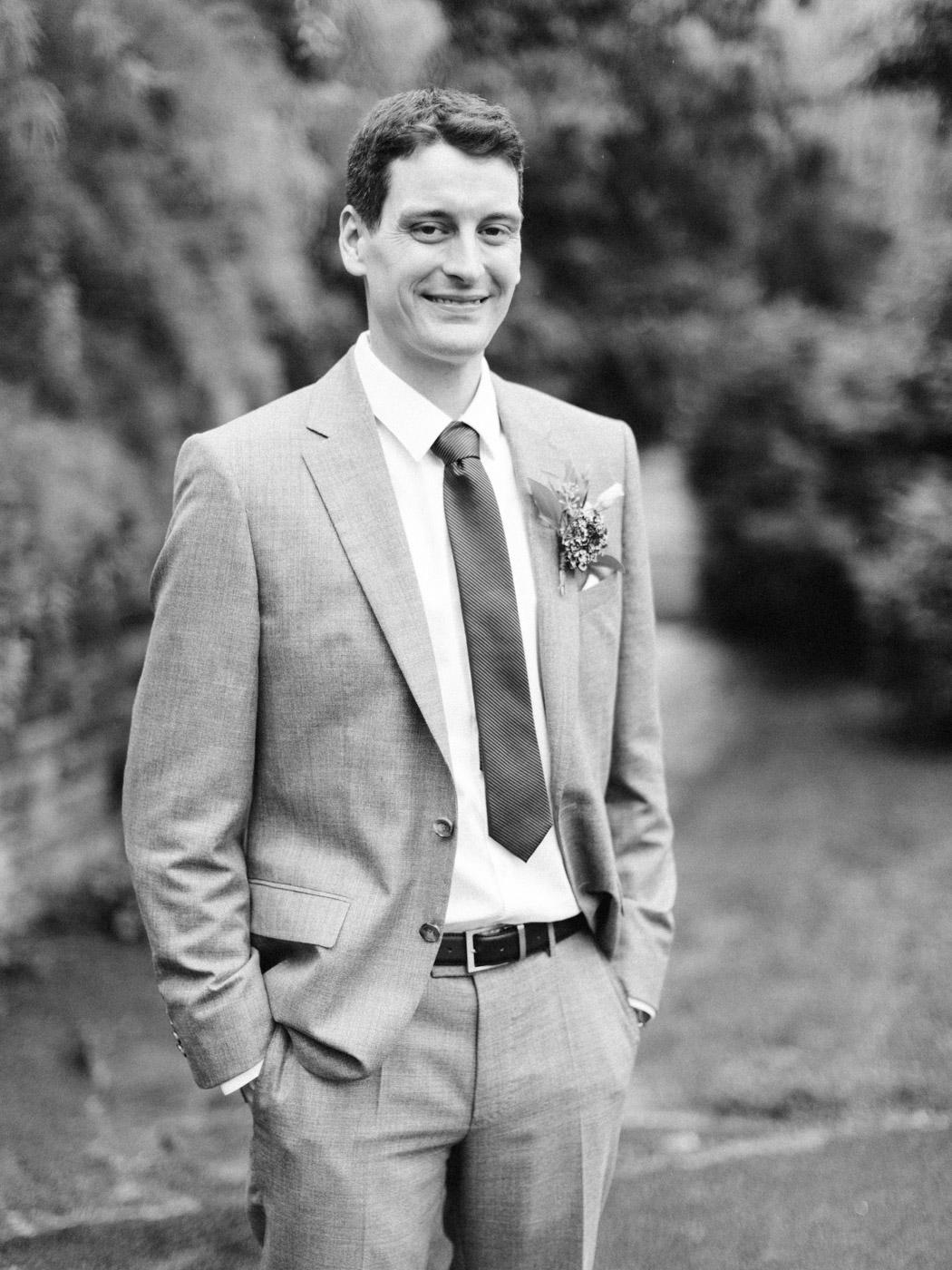 Toronto-wedding-photographer-intimate-classic-fine-art-elopement-ottawa48.jpg