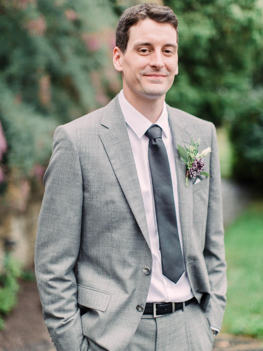 Toronto-wedding-photographer-intimate-classic-fine-art-elopement-ottawa49.jpg