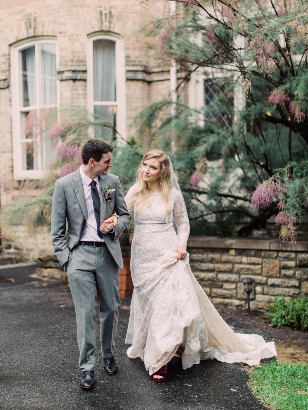 Toronto-wedding-photographer-intimate-classic-fine-art-elopement-ottawa55.jpg