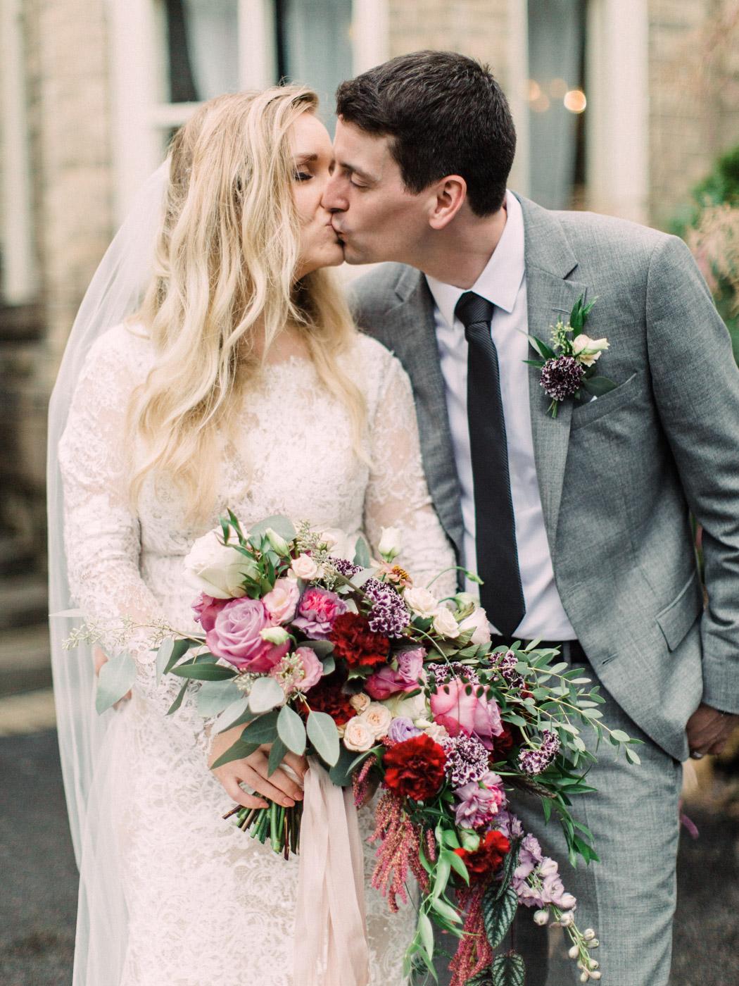 Toronto-wedding-photographer-intimate-classic-fine-art-elopement-ottawa61.jpg