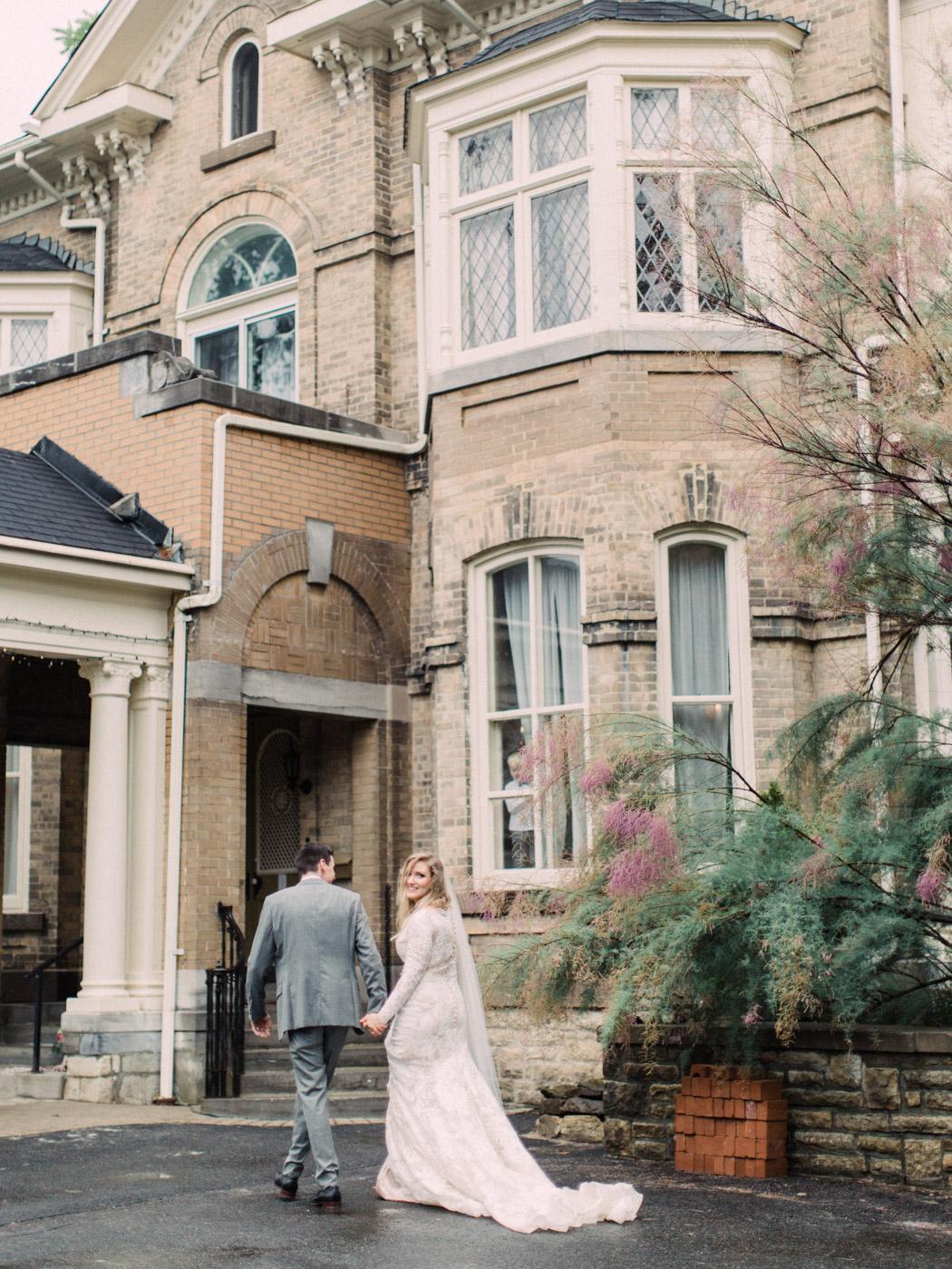 Toronto-wedding-photographer-intimate-classic-fine-art-elopement-ottawa60.jpg
