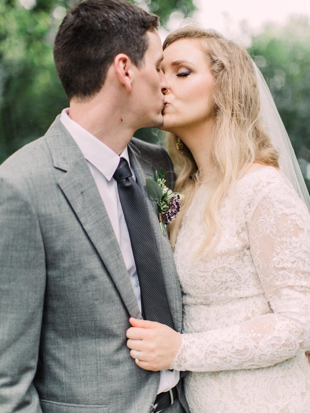 Toronto-wedding-photographer-intimate-classic-fine-art-elopement-ottawa64.jpg