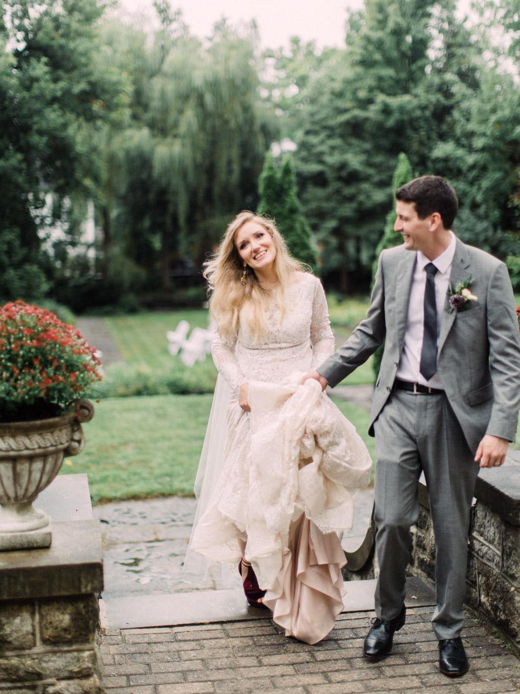 Toronto-wedding-photographer-intimate-classic-fine-art-elopement-ottawa69.jpg