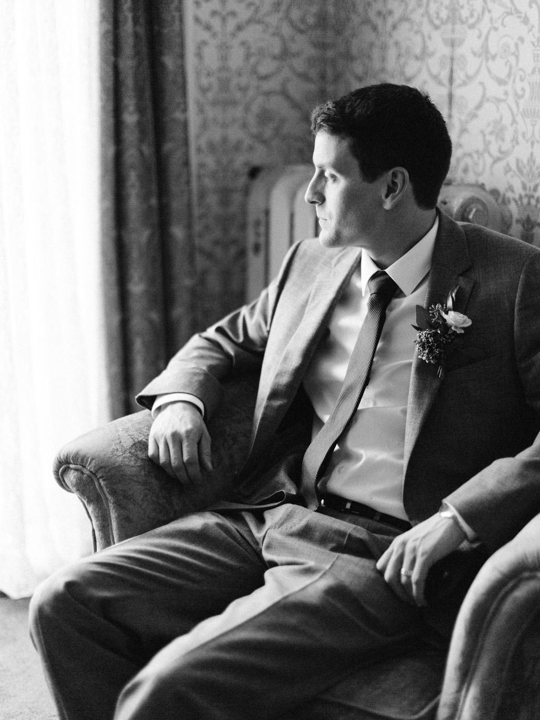 Toronto-wedding-photographer-intimate-classic-fine-art-elopement-ottawa73.jpg
