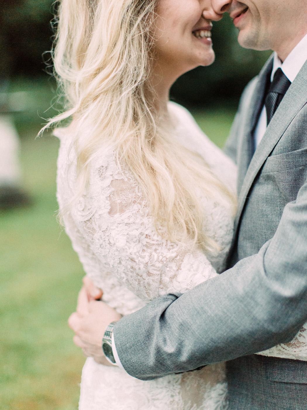 Toronto-wedding-photographer-intimate-classic-fine-art-elopement-ottawa87.jpg