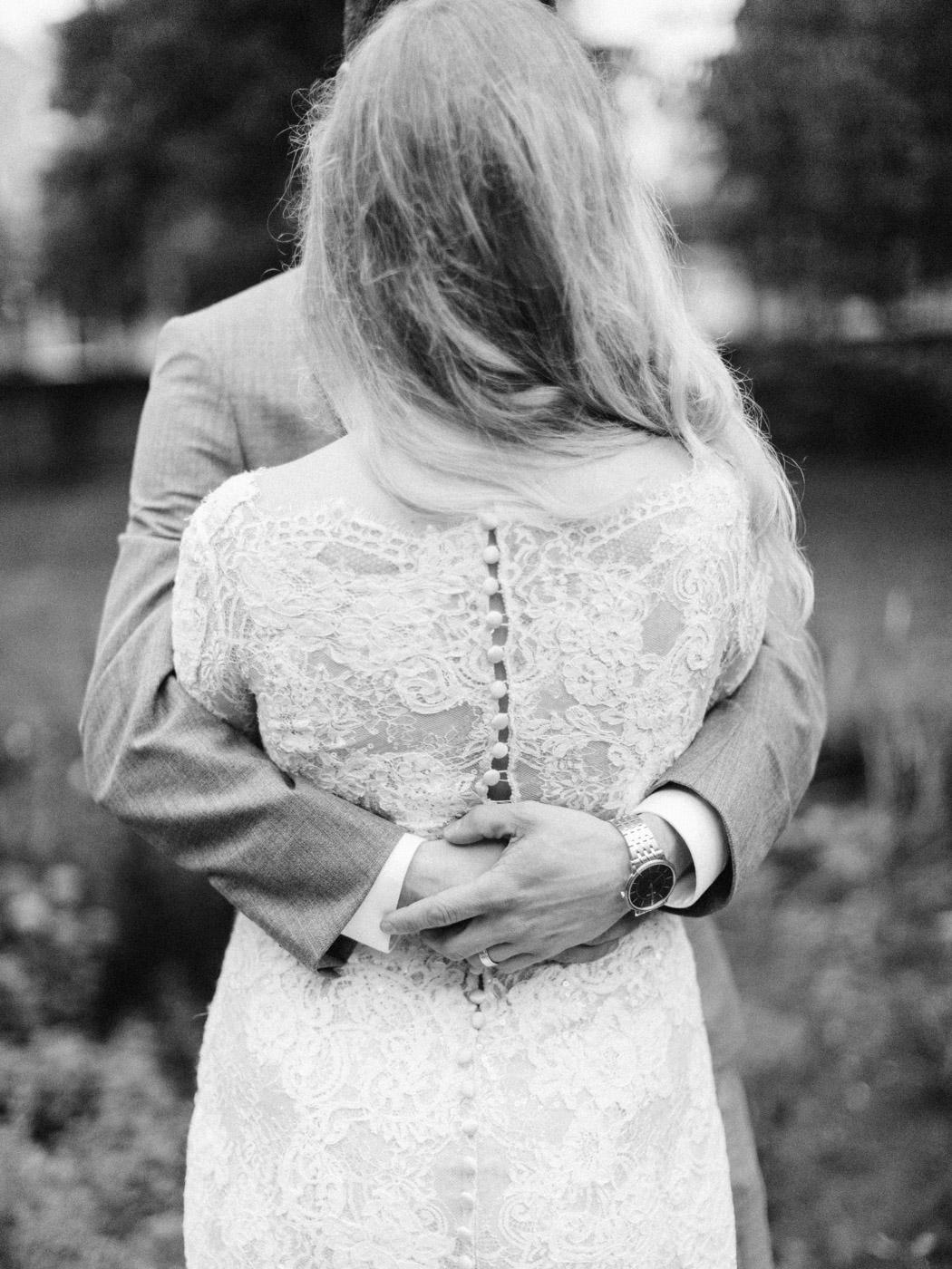 Toronto-wedding-photographer-intimate-classic-fine-art-elopement-ottawa89.jpg