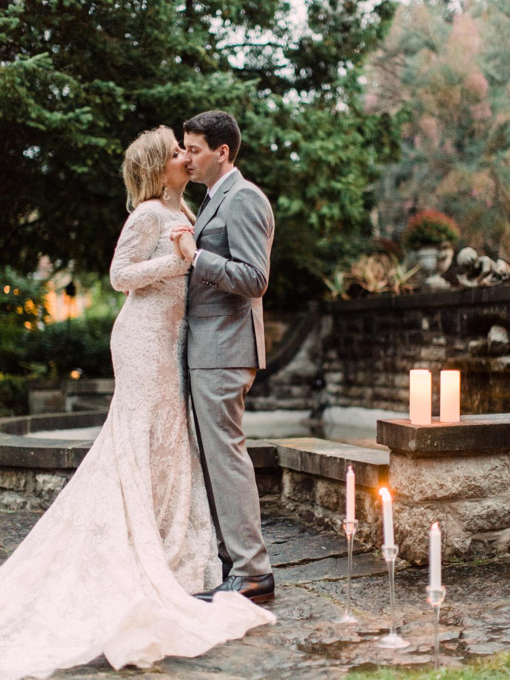 Toronto-wedding-photographer-intimate-classic-fine-art-elopement-ottawa94.jpg