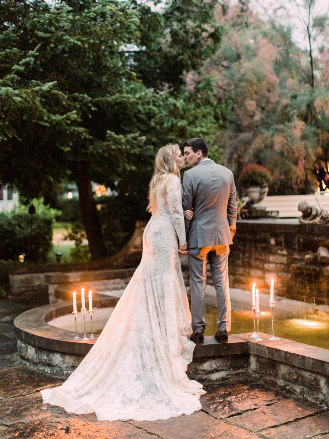 Toronto-wedding-photographer-intimate-classic-fine-art-elopement-ottawa96.jpg