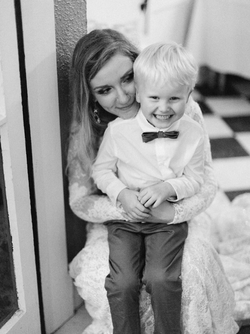 Toronto-wedding-photographer-intimate-classic-fine-art-elopement-ottawa100.jpg