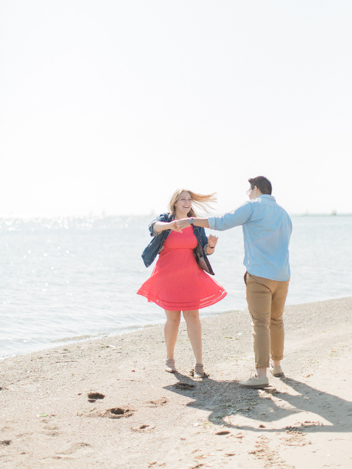 summer engagement session at the toronto islands