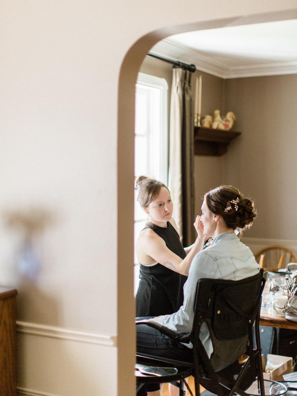 Toronto-wedding-photographer-the-doctors-house-kleinburg-classic-documentary3.jpg