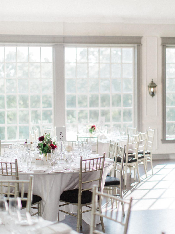 Toronto-wedding-photographer-the-doctors-house-kleinburg-classic-documentary23.jpg