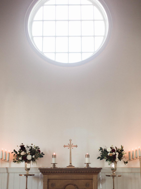 Toronto-wedding-photographer-the-doctors-house-kleinburg-classic-documentary35.jpg