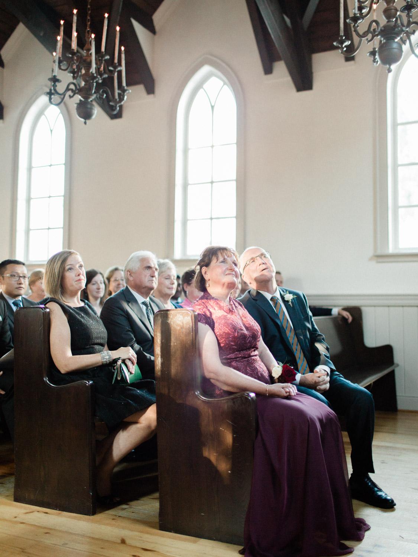 Toronto-wedding-photographer-the-doctors-house-kleinburg-classic-documentary51.jpg