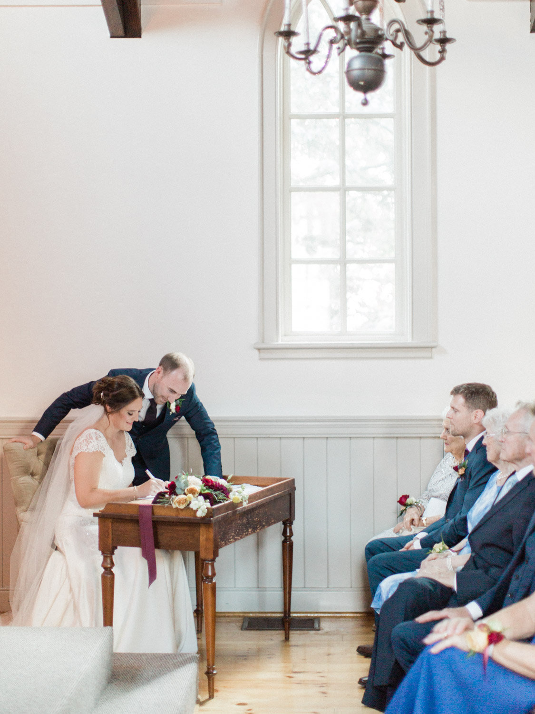 Toronto-wedding-photographer-the-doctors-house-kleinburg-classic-documentary55.jpg