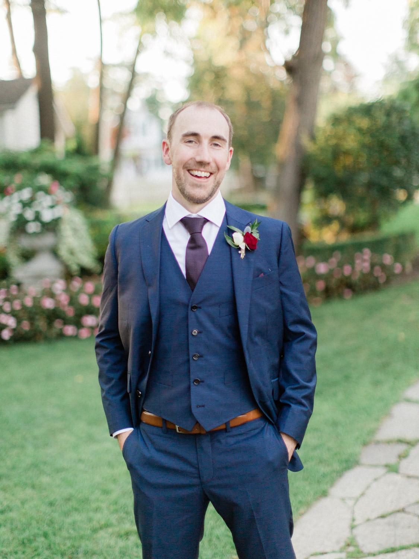 Toronto-wedding-photographer-the-doctors-house-kleinburg-classic-documentary74.jpg