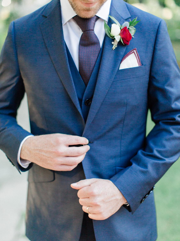 Toronto-wedding-photographer-the-doctors-house-kleinburg-classic-documentary75.jpg