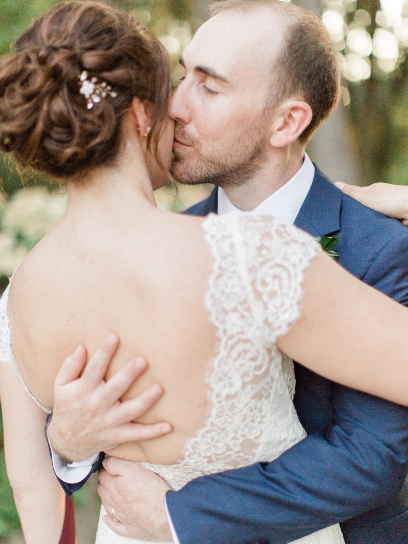 Toronto-wedding-photographer-the-doctors-house-kleinburg-classic-documentary93.jpg