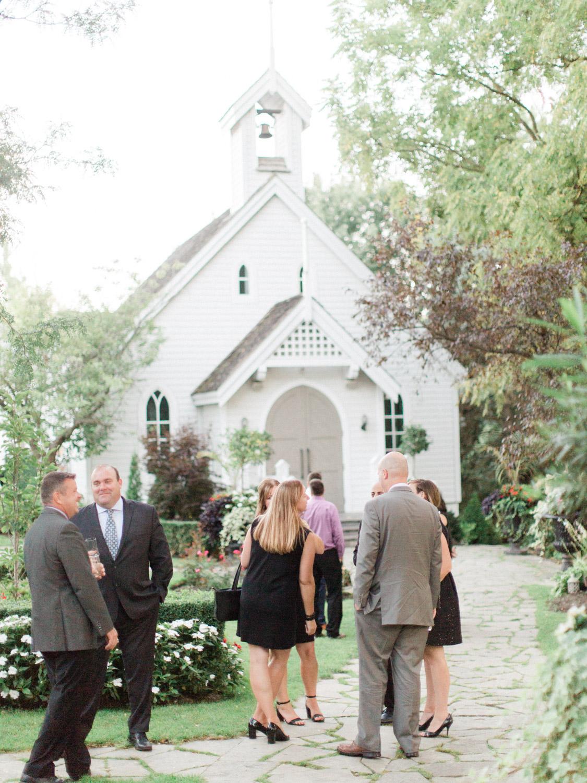 Toronto-wedding-photographer-the-doctors-house-kleinburg-classic-documentary95.jpg