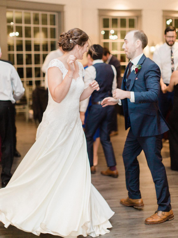 Toronto-wedding-photographer-the-doctors-house-kleinburg-classic-documentary113.jpg