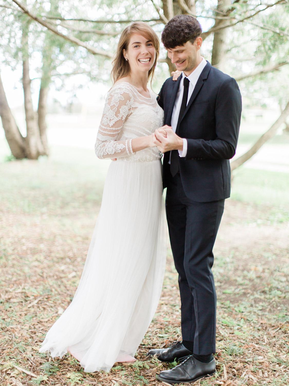 Toronto-Collingwood-Thornbury-wedding-photographer-documentary-private-estate-fall-wedding8.jpg