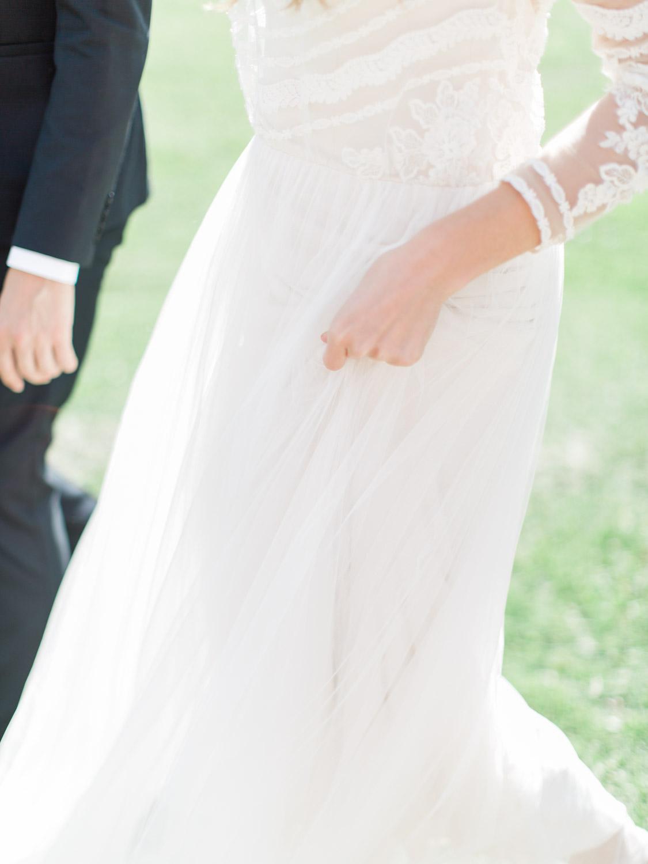 Toronto-Collingwood-Thornbury-wedding-photographer-documentary-private-estate-fall-wedding10.jpg