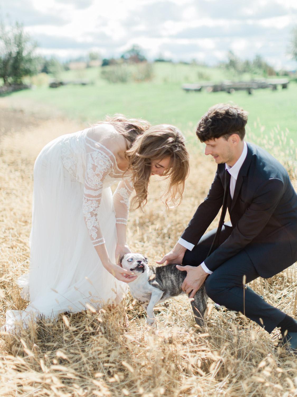 Toronto-Collingwood-Thornbury-wedding-photographer-documentary-private-estate-fall-wedding16.jpg