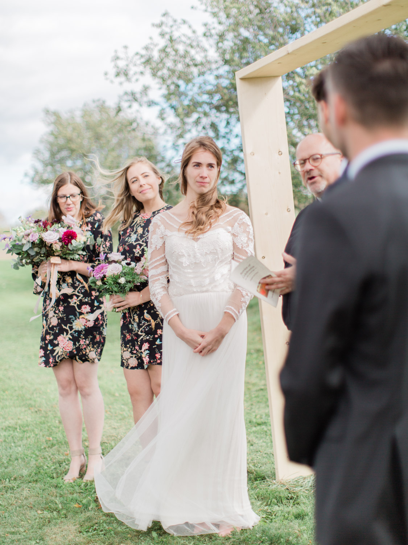 Toronto-Collingwood-Thornbury-wedding-photographer-documentary-private-estate-fall-wedding34.jpg