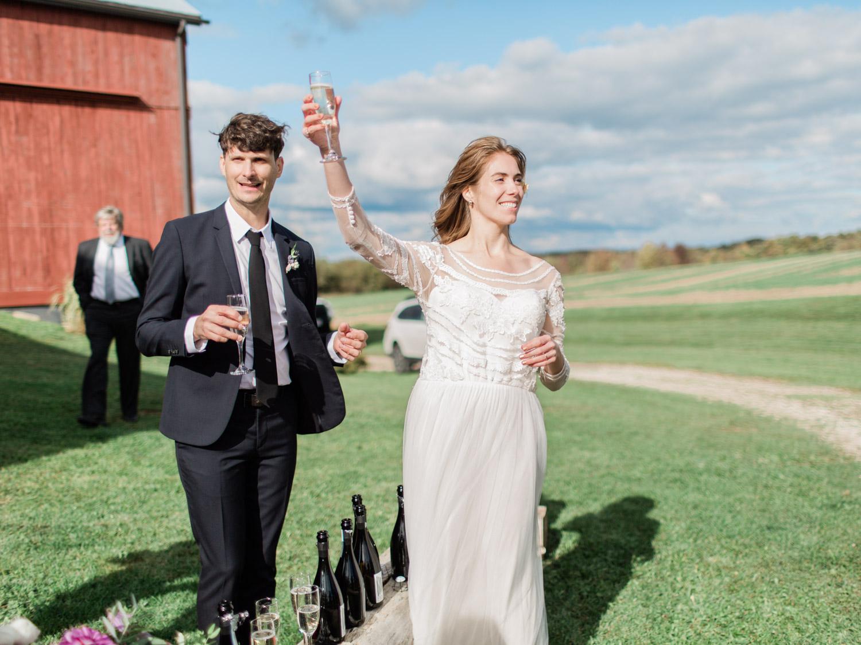 Toronto-Collingwood-Thornbury-wedding-photographer-documentary-private-estate-fall-wedding47.jpg