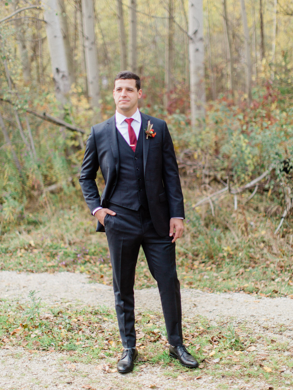 Toronto-Collingwood-wedding-photographer-classic-documentary-fall-wedding70.jpg