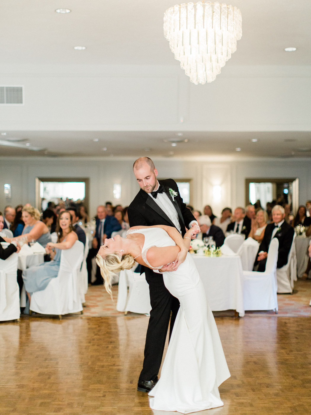 Toronto-Muskoka-wedding-photographer-cottage-inspired-documentary-wedding85.jpg