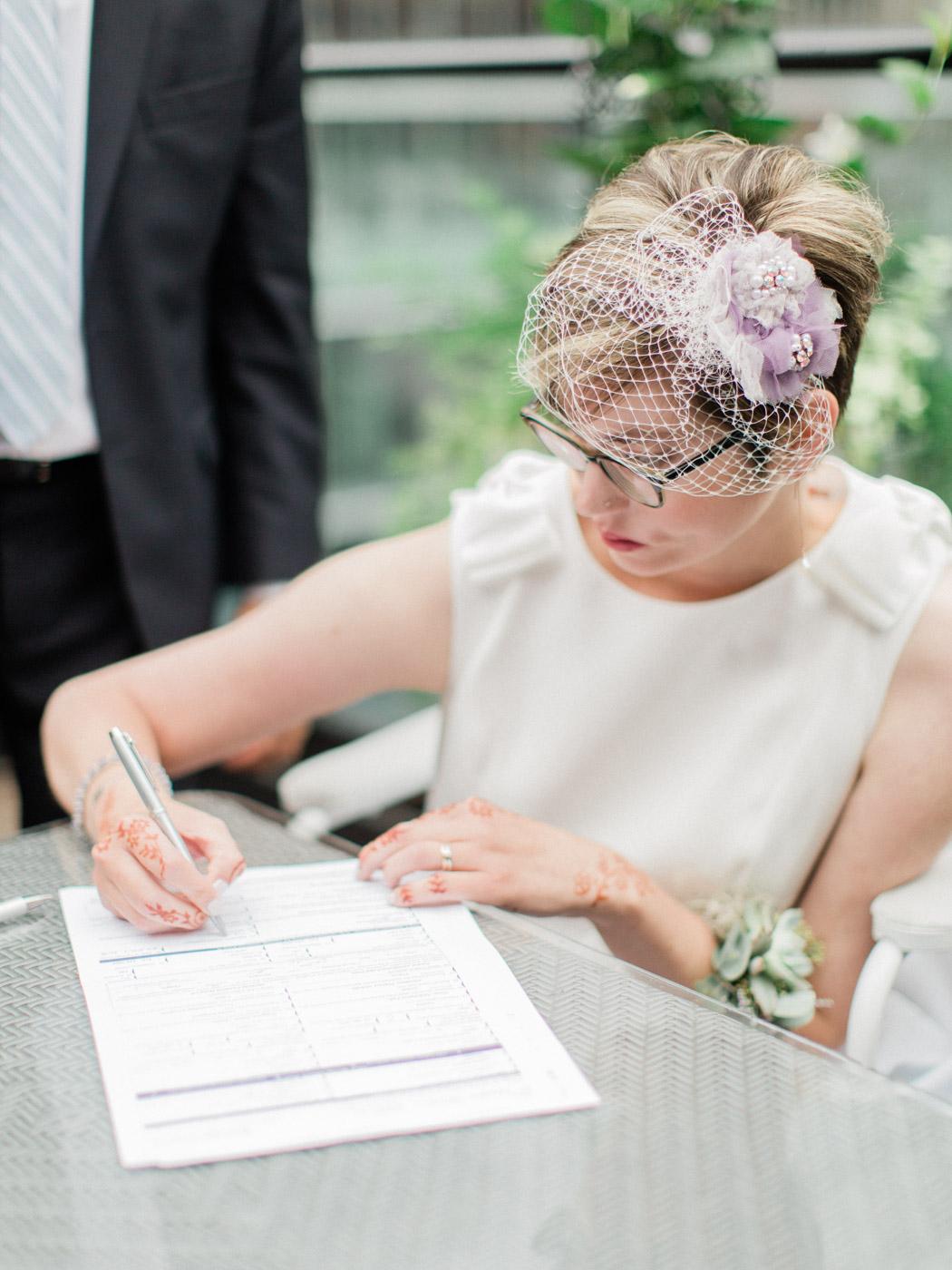 Toronto-wedding-photographer-intimate-restaurant-elopement-chase-oyster-downtown35.jpg